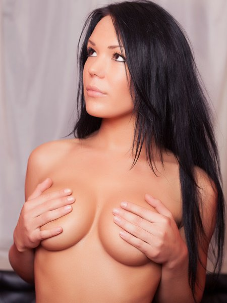 IfYouWantMore covers her tits with hands